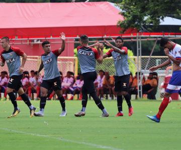 Notícias Base   Esporte Clube Vitória - Site Oficial dd053e315f172