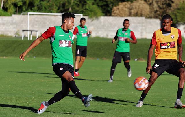 Esporte Clube Vitória - Site Oficial 4be8f00c3429b